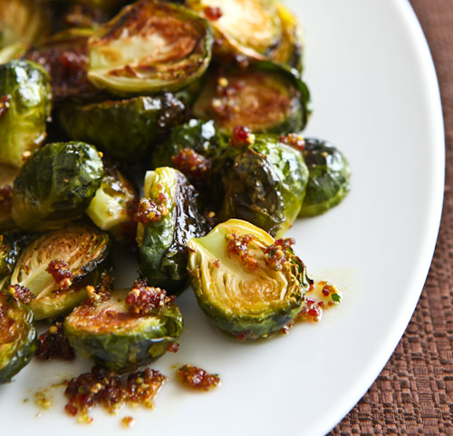 roasted-brussels-sprouts-cranberry-pistachio-pesto-0876