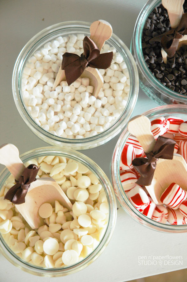 Hot_Cocoa_Bar_Toppings_0609wm